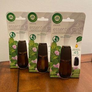 3 Air Wick Essential Mist (Wild Mint)
